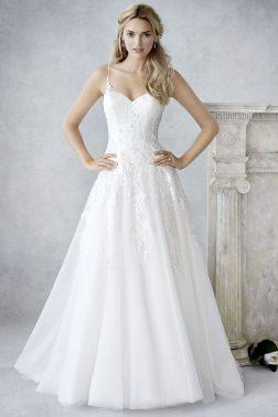 Menyasszonyi ruha » Ella Rosa » Sandra  584dc512df