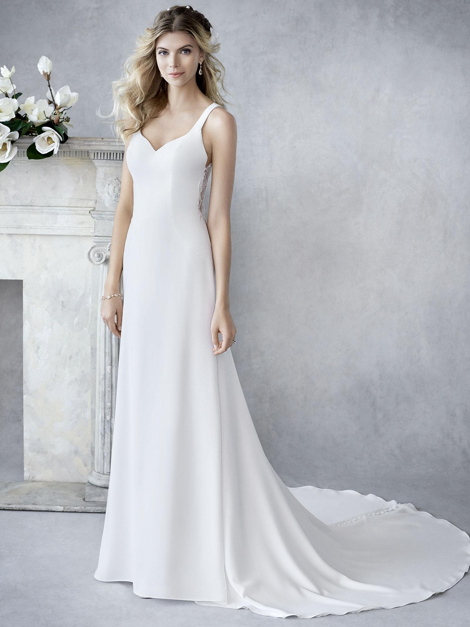 c3904fa2c9 Menyasszonyi ruha » Ella Rosa » Tiffany | Mary's Esküvői Szalonok