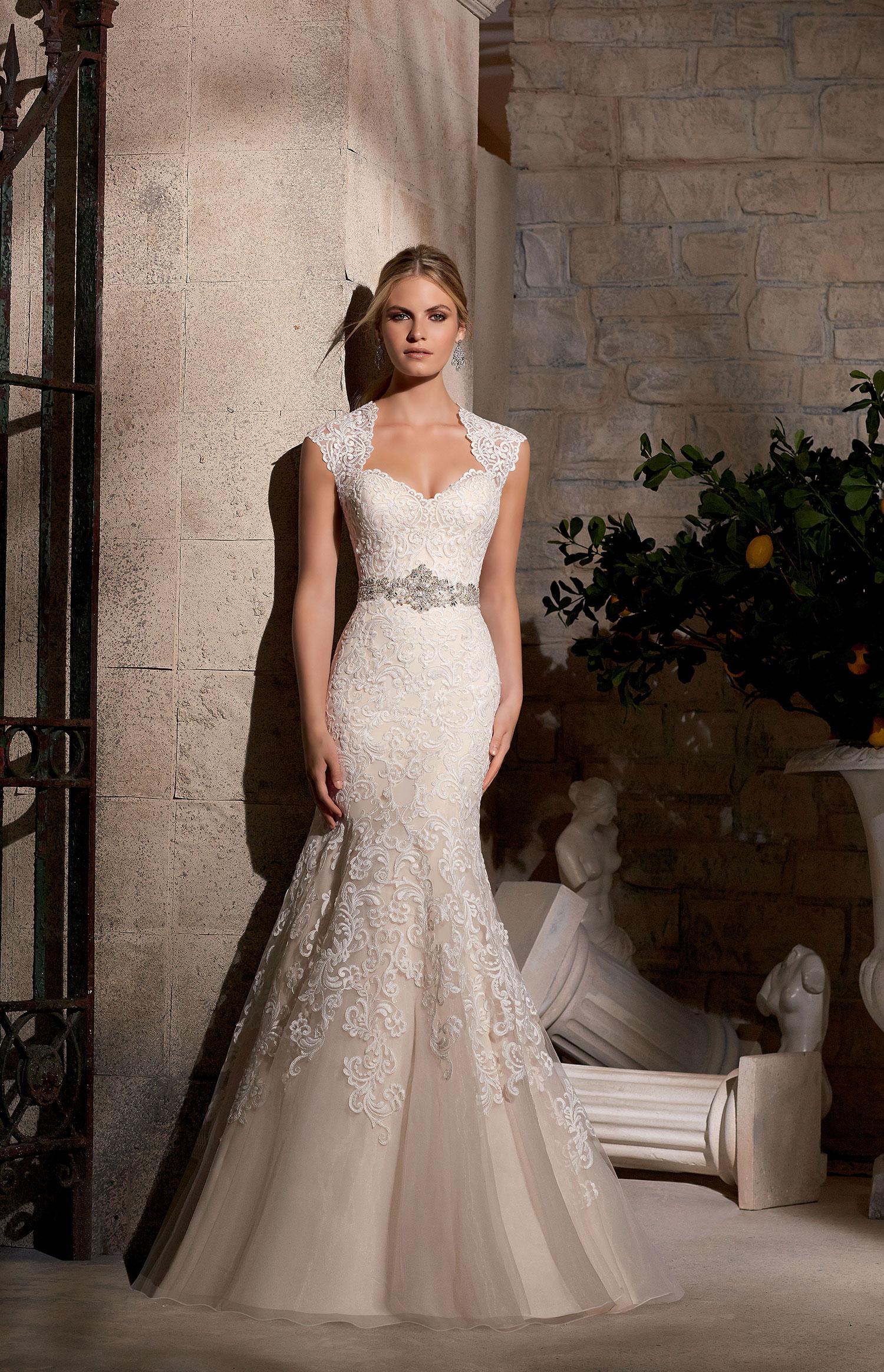 Menyasszonyi ruha » Morilee » Eliza  2a3987dcc1